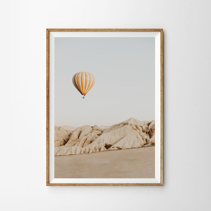 画像1: 砂漠の気球 ポスター  (1)